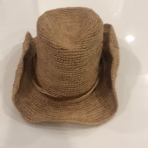 Hailey Hat by Wallaroo